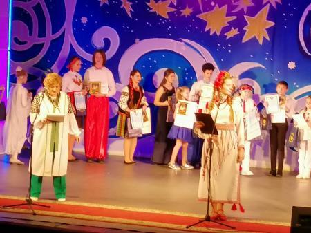 В Херсоне прошел 12-й городской христианский фестиваль детского творчества «Остров Рождества»